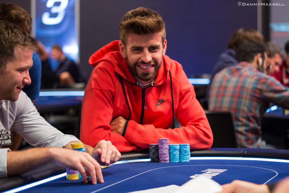Жерар Піке грає в покер