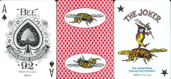 карты Bee (би) с пчелкой на рубашке