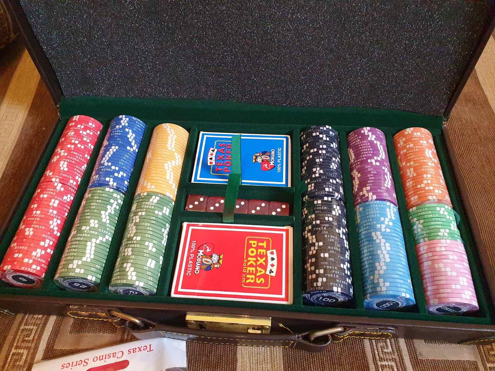Набор с керамическими фишками Покер Стайл