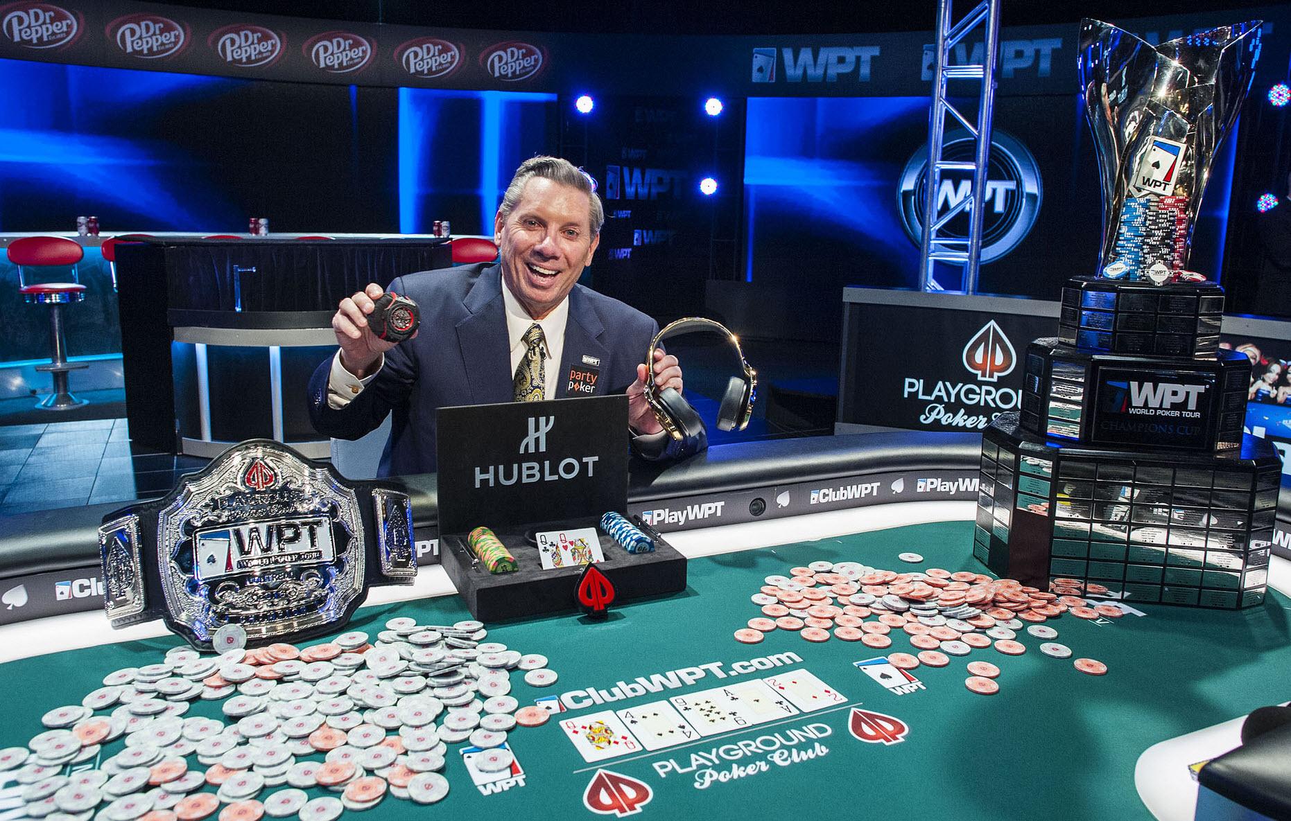 Победа в покере