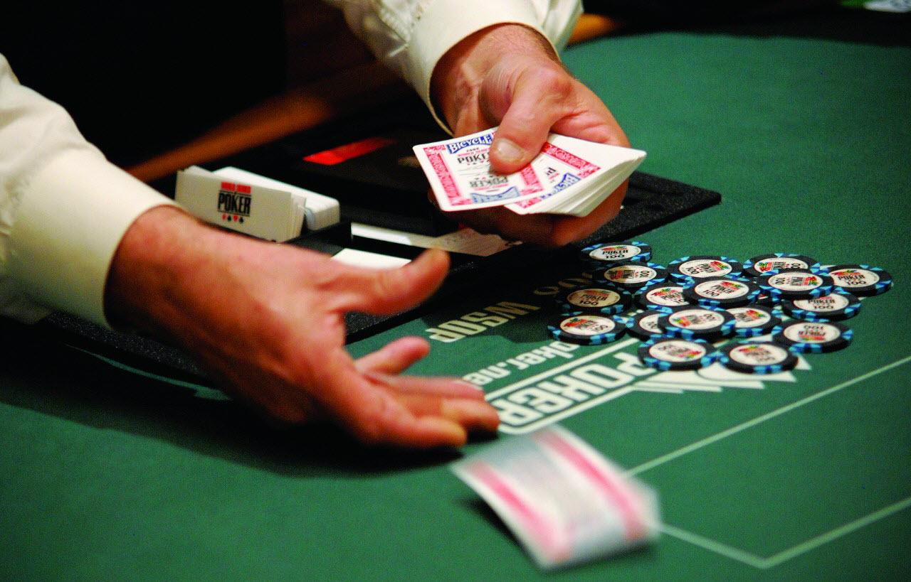 Правила оплата игры техасского покера в казино форум игровые автоматы онлайн без регистрации inurl index php showuser