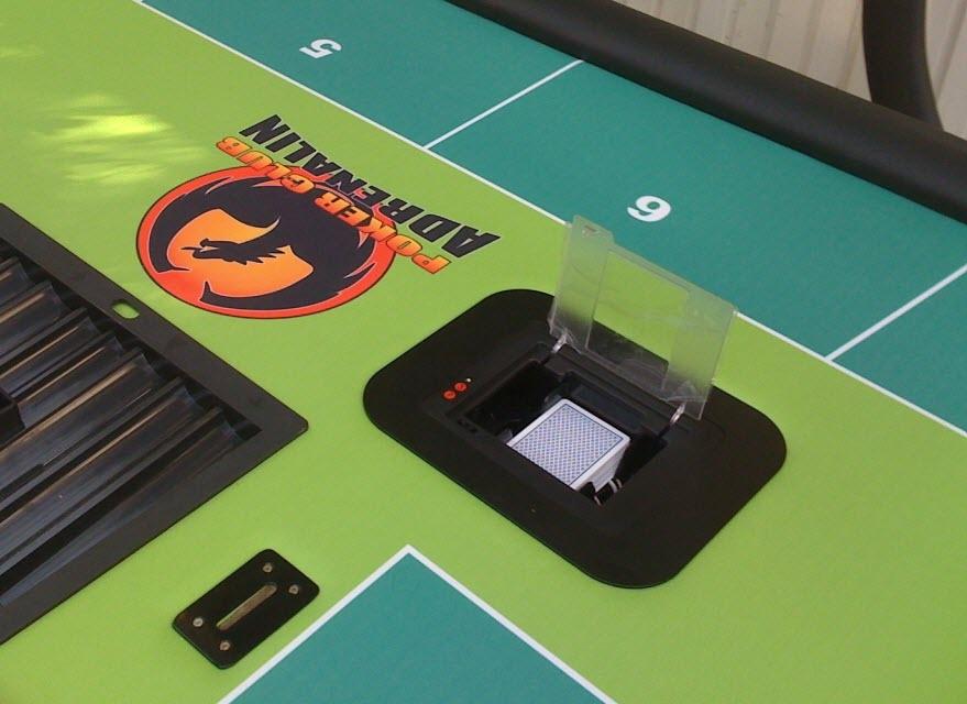 Професійна шафл машинка в покерному столі